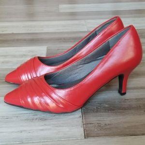 Marbella Robin Flex Pointed Toe Heels Size 8 Wide